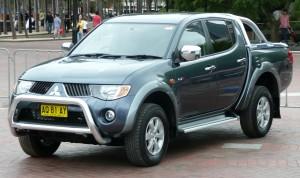 2006-2007_Mitsubishi_Triton_GLX-R_02